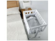 Mini lovytė, auganti su vaiku